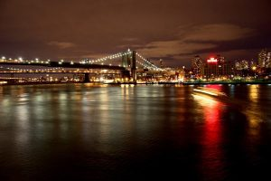 night-bridge-new-york-lights-lighting-reflection